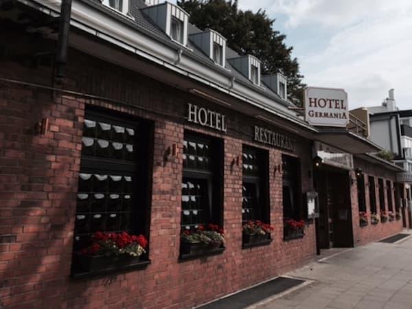 Auf dem Bild ist das Hotel & Restaurant Germania zu sehen.